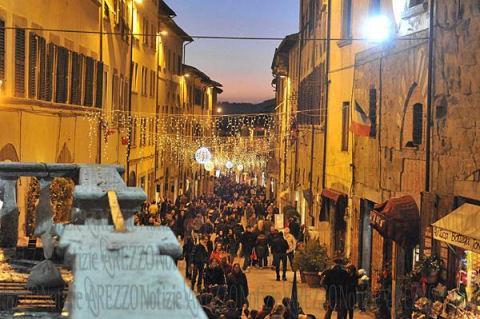 Mercatino di natale di arezzo for Arezzo mercatino