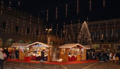 Milano Decorazioni Natalizie.Natale A Milano 2018