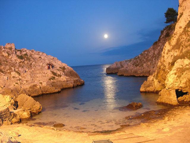 Puglia turismo mare e cultura for Immagini della dispensa del maggiordomo